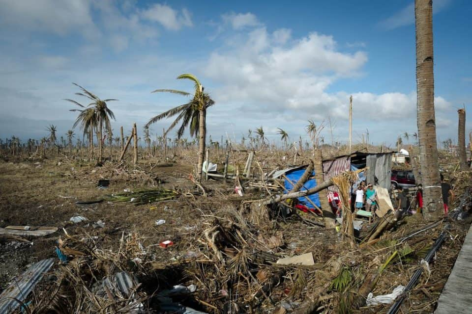 Typhoon dead toll 28 in the Philippines