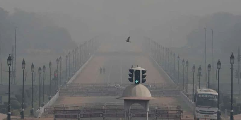 Air Pollution Fir- works declared a ban on 24 districts along with Delhi